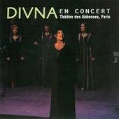 Divna au théâtre des Abesses by Divna