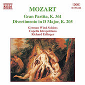 MOZART: Gran Partita / Divertimento, K. 205 by Various Artists