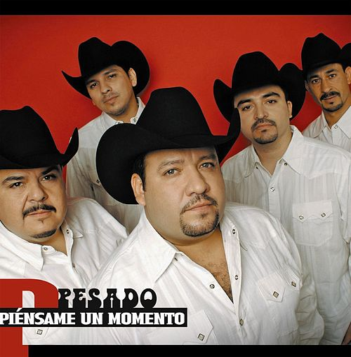Piensame un momento by Pesado