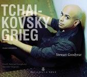 Tchaikovsky & Grieg: Piano Concertos by Stewart Goodyear