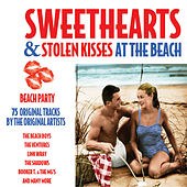 Sweethearts and Stolen Kisses - At the Beach von Various Artists