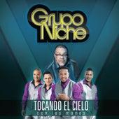 Tocando el Cielo Con las Manos by Grupo Niche