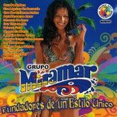Fundadores de un Estilo Unico by Grupo Miramar