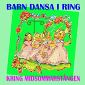 Barn dansa i ring kring midsommarstången by Various Artists