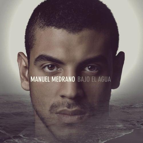 Bajo el agua por Manuel Medrano