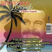 El Bolero Tropical by Bienvenido Granda