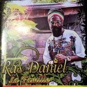 La famille by Ras Daniel