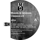 Moods & Grooves Classics V3 by Various Artists