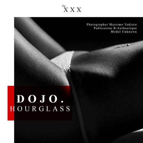 Hourglass by Dojo