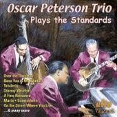 Oscar Peterson Trio Plays the Standards von Oscar Peterson