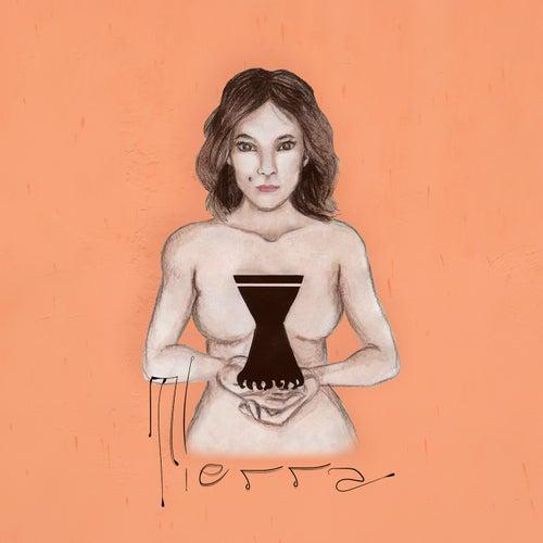Tierra by Caro Lyne