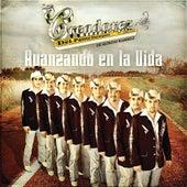 Avanzando En La Vida by Los Creadorez Del Pasito Duranguense