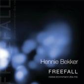 Freefall (robbie bronnimann dba mix) by Hennie Bekker