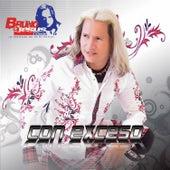 Con Exceso by Bruno De Jesus