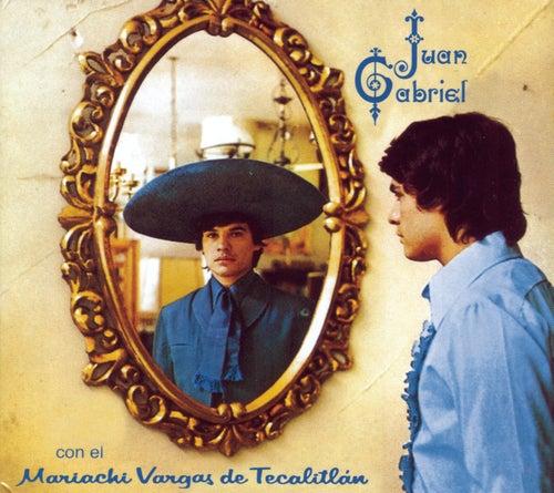 Con El Mariachi Vargas De Tecalitlan by Juan Gabriel
