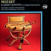 Mozart: Clarinet Quintets on original instruments by Alan Hacker