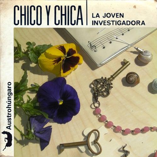 La Joven Investigadora by Chico Y Chica