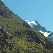 Mountains by Mano Le Tough