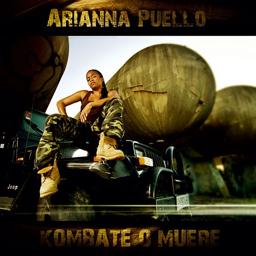 Kombate o muere by Arianna Puello