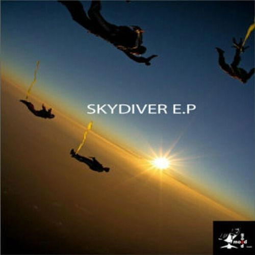 Skydiver Ep by Living Room