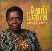 Petit Pays von Cesaria Evora