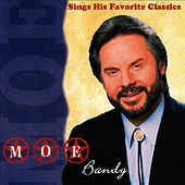Sings His Favorite Classics by Moe Bandy