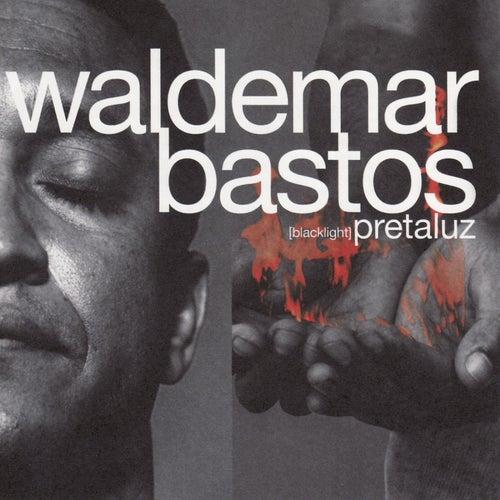 Pretaluz by Waldemar Bastos