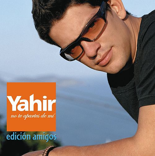 No Te Apartes De Mi by Yahir