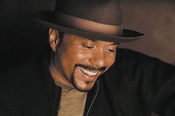 Howard Hewett