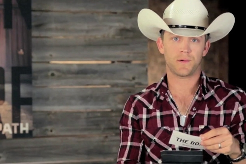 Justin Moore Vs The Box (interview)
