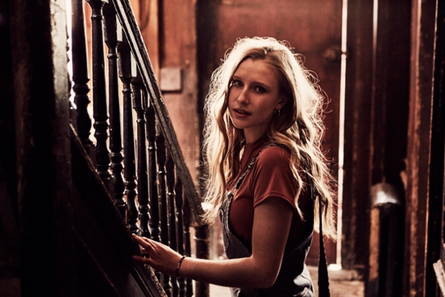 NapsterLive Billie Marten