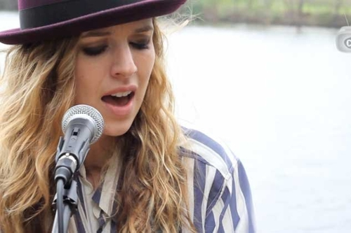 Stripped Down by the River: ZZ Ward,